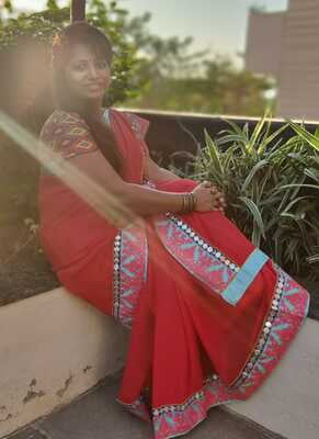 Red Chiffon with Kashmiri Thread Work  - Hand Crafted Saree